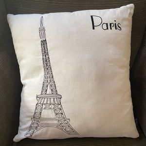 Paris pillow. EUC